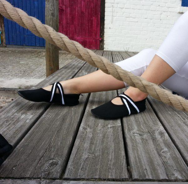 WeWee Barfußschuhe Ballerina Weiß cross